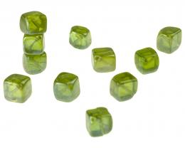 10 Glass Beads Olivine Green Lustre Cube Bead 8mm