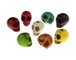 10 Howlite Beads Skull Shaped Mixed Bead 13mm
